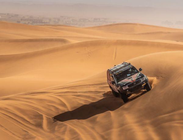 The desert adventure of Harm van Boekel